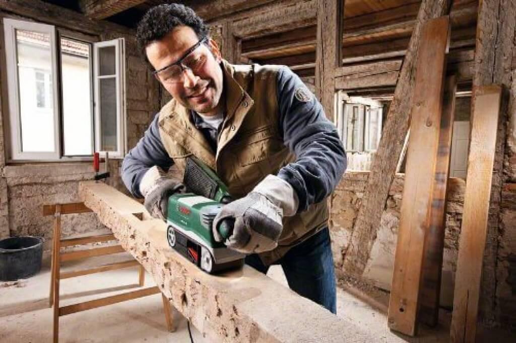 Holz-abschleifen